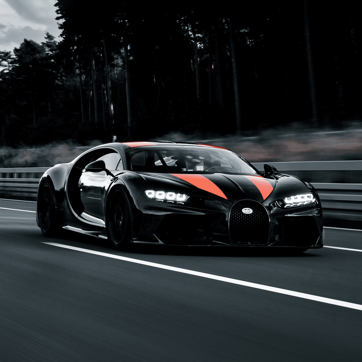 Bugatti Chiron Fastest And Luxurious Car In The World
